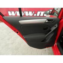Volkswagen Golf 1.4 TSi 90kW, ČR,1.MAJITEL